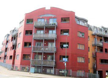 Thumbnail 1 bed flat to rent in Selden Hill, Hemel Hempstead