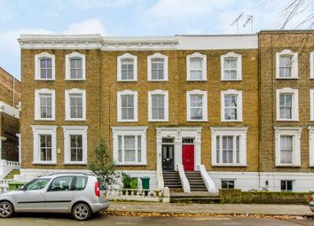 Thumbnail 3 bed flat for sale in Oakley Road, Islington