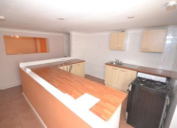 Thumbnail 2 bed flat to rent in Berkeley Avenue, Reading