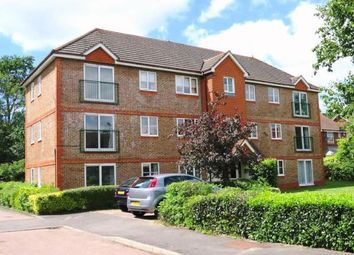Thumbnail 1 bed flat to rent in Fenchurch Road, Crawley