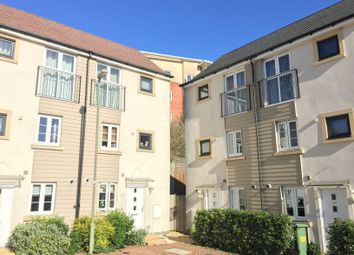 3 bed town house for sale in Sinclair Drive, Basingstoke RG21