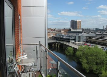 2 bed flat to rent in Whitehall Quay, Leeds LS1