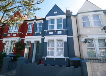 3 bed maisonette to rent in Pine Road, Cricklewood NW2