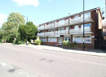 Thumbnail 1 bed flat to rent in 143 Baker Street, Enfield, Middlesex