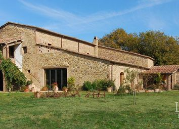 Thumbnail Country house for sale in Grosseto, Grosseto, Toscana