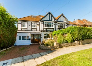Thumbnail 5 bed property to rent in Deansway, East Finchley