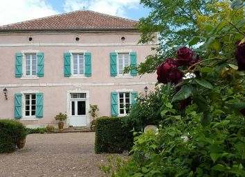 Thumbnail 6 bed property for sale in Caussade, Tarn Et Garonne, France