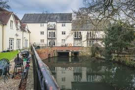 Thumbnail 2 bed mews house to rent in Little Court, Bishops Stortford