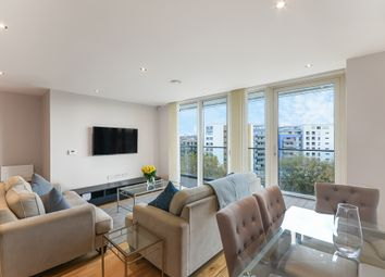 3 bed flat to rent in Seager Place, London SE8