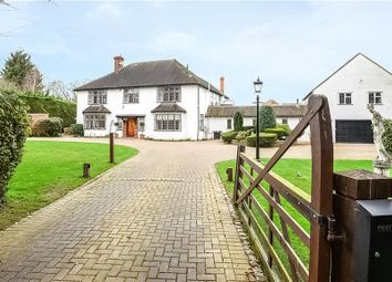Thumbnail 6 bed detached house for sale in Sandisplatt Road, Maidenhead, Berkshire
