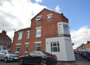2 bed flat to rent in Florence Road, Northampton NN1