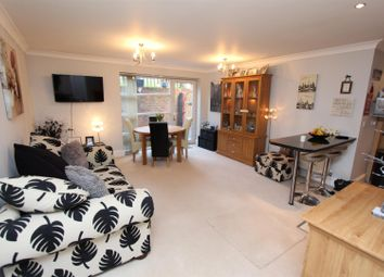 Thumbnail 2 bed flat for sale in Warren Road, Banstead