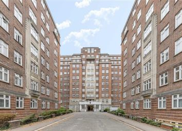 Thumbnail 4 bed flat to rent in Hall Road, London