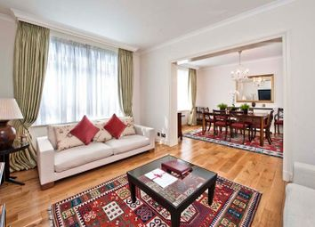 Thumbnail 4 bed flat to rent in Park Lane, Mayfair