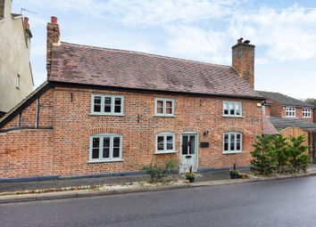 Thumbnail 4 bedroom detached house for sale in Kings Langley, Hertfordshire