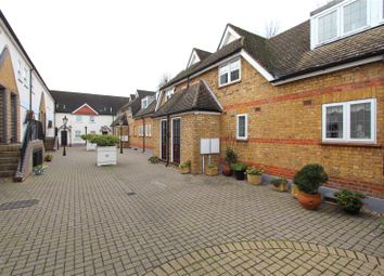 2 bed terraced house to rent in Quadrangle Mews, Stanmore HA7
