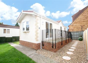 Thumbnail 1 bedroom mobile/park home for sale in Hawthornes Park, Ferry Avenue, Staines