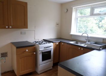 2 bed flat to rent in Pasture Walk, Bradford BD14