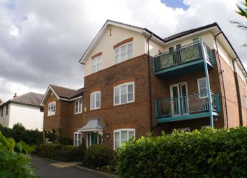 2 bed flat for sale in Penn Road, Hazlemere, High Wycombe HP15