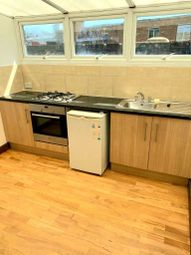 Thumbnail Flat to rent in Vale Road, Seven Sisters/ Manor House
