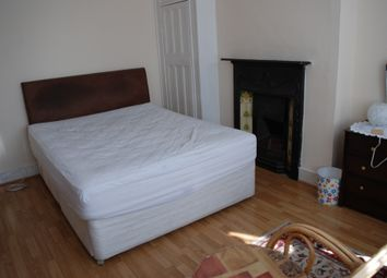Thumbnail Room to rent in Hertford Road, East Finchley