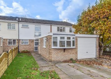 Thumbnail 4 bed property for sale in Glenester Close, Hoddesdon