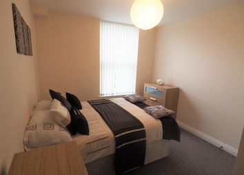 Thumbnail Room to rent in Sandringham Street, Arthur Street, Hull