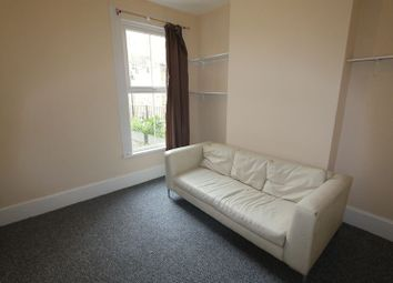 Thumbnail 5 bed shared accommodation to rent in Senrab Street, Limehouse, London
