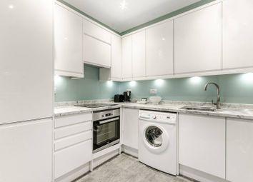 2 bed flat to rent in Cromwell Road, Kensington, London SW50Sn SW5