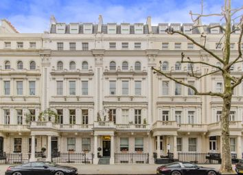 Thumbnail 2 bed flat to rent in Queen's Gate, South Kensington