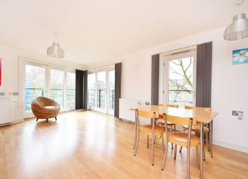 Thumbnail 2 bed flat to rent in St Pauls Road, Canonbury