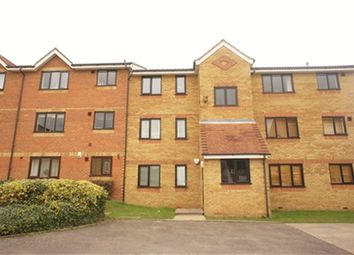 Thumbnail Studio to rent in Redford Close, Feltham, Middlesex