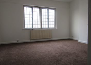 Thumbnail 2 bedroom flat to rent in South End, Croydon