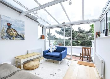 Thumbnail 2 bed flat to rent in Bisham Gardens, Highgate