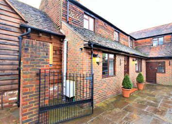 Thumbnail 4 bed flat to rent in Gravetts Lane, Guildford