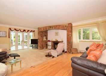 4 bed detached house for sale in Dean Lane, Harvel, Meopham, Kent DA13
