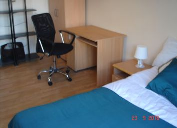 Thumbnail Room to rent in Beale Road, Lon