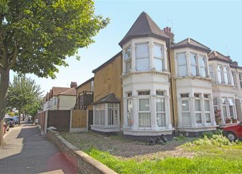 Thumbnail 3 bedroom flat for sale in Sutton Road, Southend On Sea, Essex
