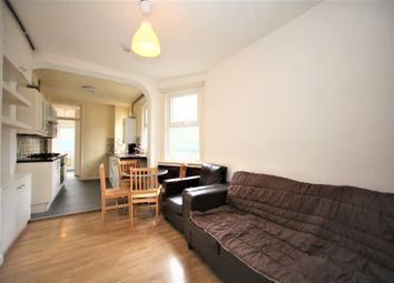 Thumbnail 2 bed flat to rent in Victoria Road, Hendon