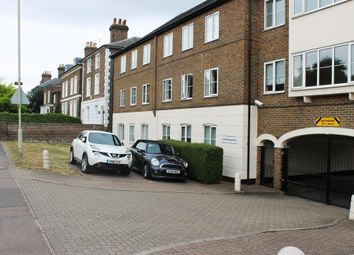Thumbnail 2 bed flat to rent in Station Road, Broxbourne