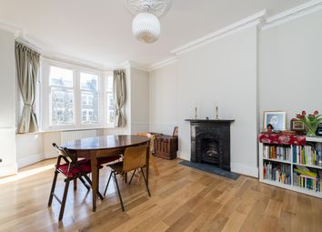3 bed maisonette to rent in Lordship Lane, East Dulwich, London SE22