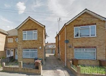 2 bed maisonette to rent in Sparsholt Road, Barking IG11