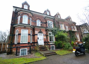 2 bed flat to rent in Wellington Road, Whalley Range, Manchester M16