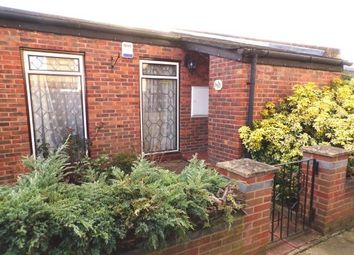 Thumbnail 4 bed property to rent in Little Oxcroft, Basildon