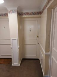 Thumbnail 1 bed flat to rent in Calshot Court, Osbourne Road, Dartford