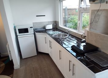 Thumbnail 1 bed flat to rent in Meadowvale Crescent, Clifton