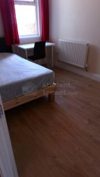 4 bed shared accommodation to rent in Saint George's Road, Coventry, West Midlands CV1