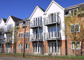 2 bed flat to rent in Old Dairy Close, Fleet GU51