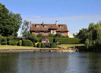 Thumbnail 7 bed detached house for sale in River Road, Taplow, Maidenhead