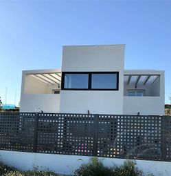 Thumbnail 3 bed villa for sale in Torre Del Mar, Axarquia, Andalusia, Spain